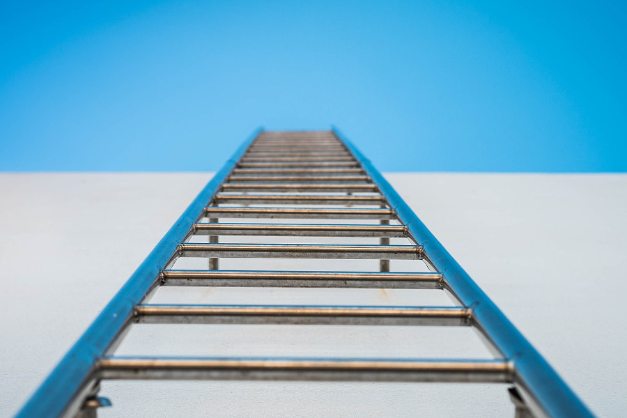 header background: ladder